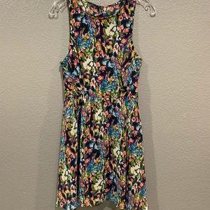 Lush dress, sleeveless and lined, beautiful color